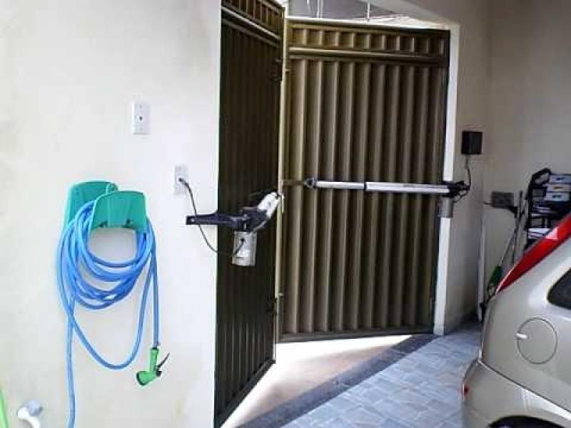 Empresa de Instalação de Portão Automático Pivotante em Jundiaí - Instalação de Trava Portão Basculante