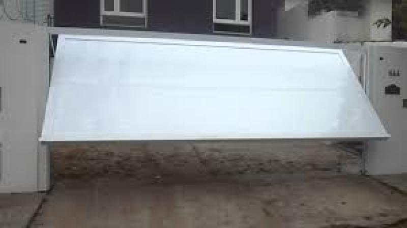 Empresa de Instalação de Portões Basculantes em Cajamar - Instalação de Motor para Portão Deslizante