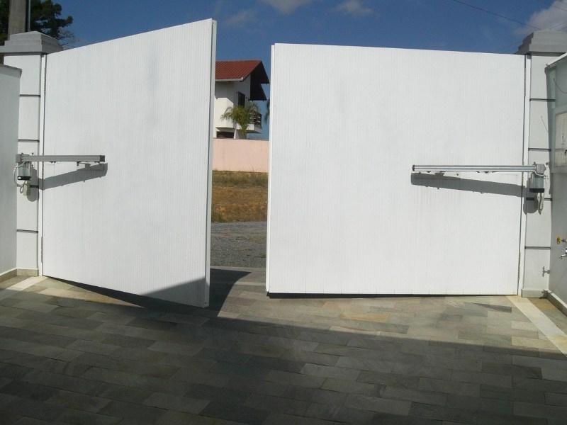 Instalação de Portão Automático Pivotante na Carapicuíba - Instalação de Motor para Portão Deslizante