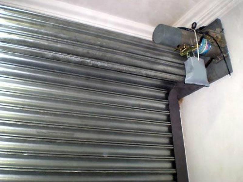 Manutenção de Portões de Aço de Enrolar Morumbi - Manutenção de Portão Portões de Garagem